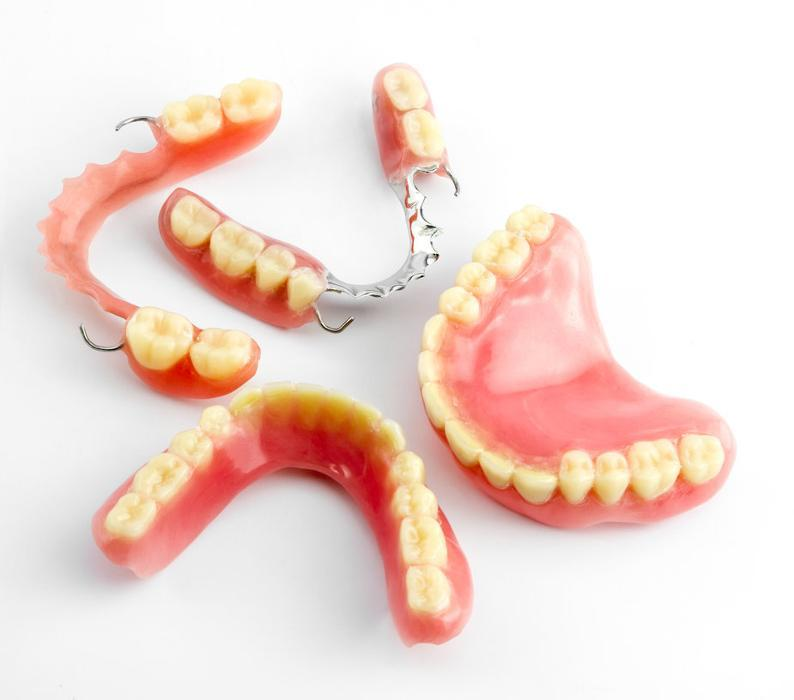 full and partial dentures | Dentist Houston TX